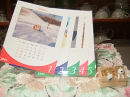 今年もカレンダーと右脇は、コーギーの置物。<br /> かわいいでしょ♪♪
